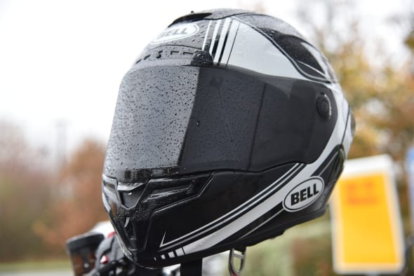 fbdfb593 Bell Race Star Helmet – Review! – Fastbikes